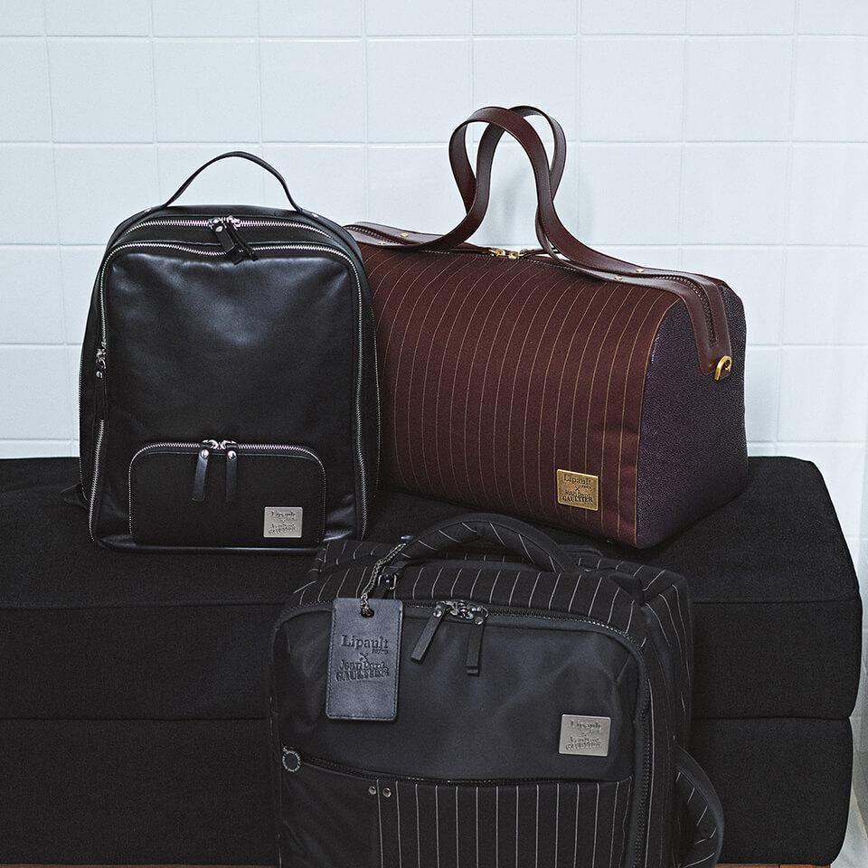 Luggage / duffle bags